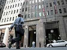 Ein Bild der Zuverlässigkeit: Goldman Sachs in New York. Und wer regelt neu, was hinter der Fassade passiert?
